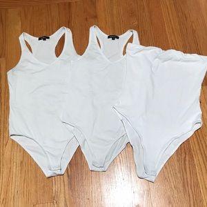 Ambiance set of 3 white bodysuits size S